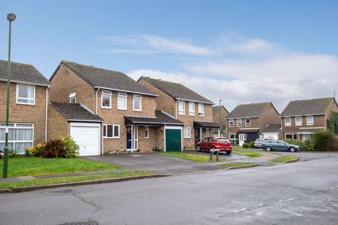4 bedroom detached house for sale - Chennells Way, Horsham