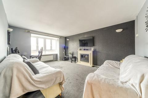 2 bedroom flat for sale - Prestwood Gardens, Croydon, CR0