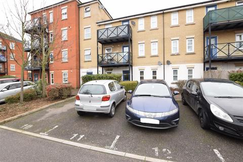 2 bedroom flat for sale - Framlingham Court, Glandford Way, Chadwell Heath