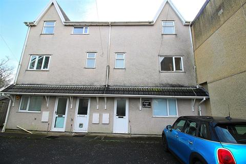 3 bedroom maisonette for sale - Cromwell Court, Mount Pleasant, Swansea.