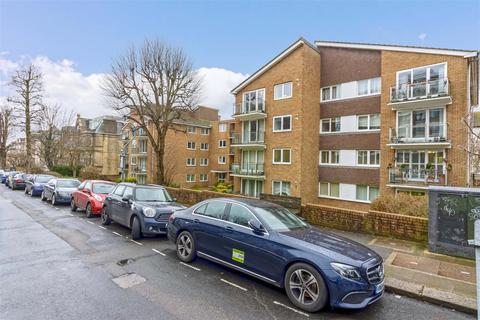 2 bedroom flat to rent - Eaton Gardens, Hove