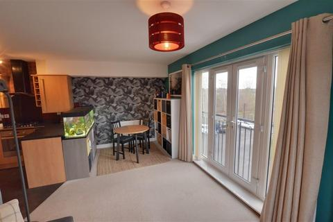 2 bedroom property for sale - Priory Chase, Pontefract