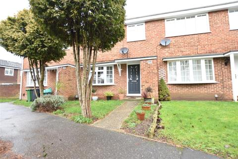 4 bedroom townhouse for sale - Acorn Walk, Calcot, Reading