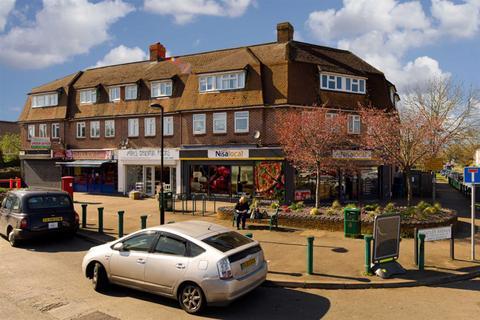 2 bedroom flat for sale - Ruxley Lane, West Ewell