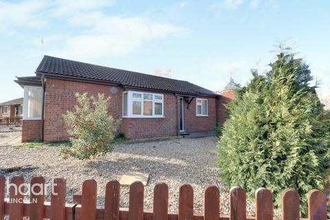 2 bedroom detached bungalow for sale - Malham Drive, Lincoln