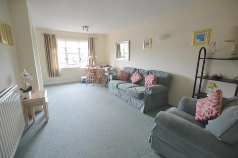 2 bedroom flat to rent - Waldren Close Baiter Park, Poole, BH15 1XS