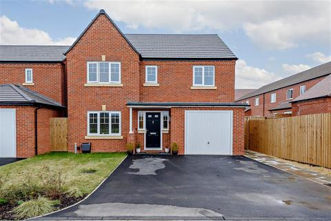 4 bedroom detached house for sale - Dowling Drive, Fradley, Lichfield