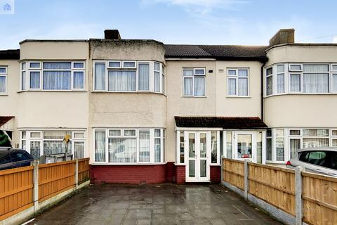 3 bedroom terraced house for sale - Stanley Avenue, Dagenham, Essex, rm8