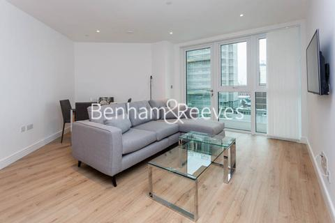2 bedroom house to rent - Sovereign Court, Hammersmith, W6