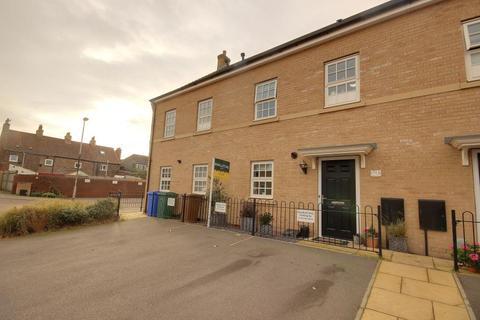 3 bedroom mews to rent - Harrison Mews, Beverley, HU17
