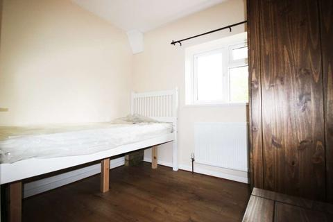 1 bedroom in a house share to rent - Ashurst Way, Oxford