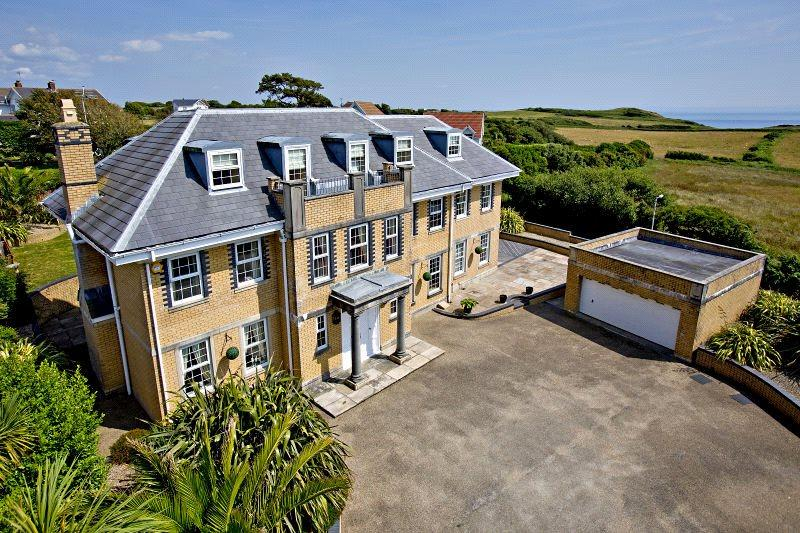 6 Bedrooms Detached House for sale in Channel View, Langland, Swansea, SA3