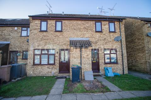 1 bedroom terraced house to rent - Chiltern Gardens, Luton LU4