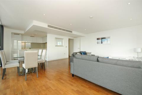 3 bedroom flat to rent - Landmark East Tower, 24 Marsh Wall, London, E14