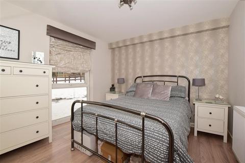 1 bedroom ground floor flat for sale - Pixton Way, Forestdale, Croydon, Surrey