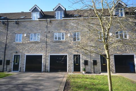 3 bedroom townhouse for sale - Staunton Close, Wingerworth, Chesterfield, S40 2FE