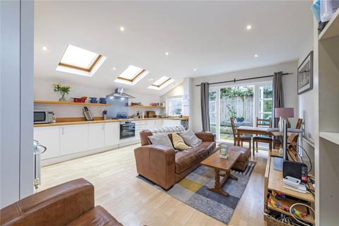 2 bedroom flat for sale - Mysore Road, London, SW11