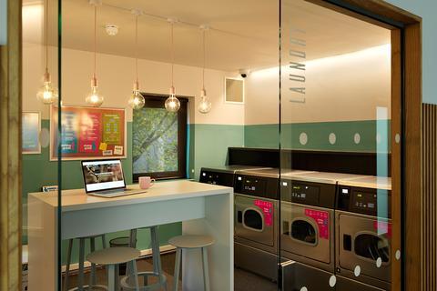 Studio to rent - 33-34 Pulteney Rd (South), Bathwick, Bath, England BA2 4EZ