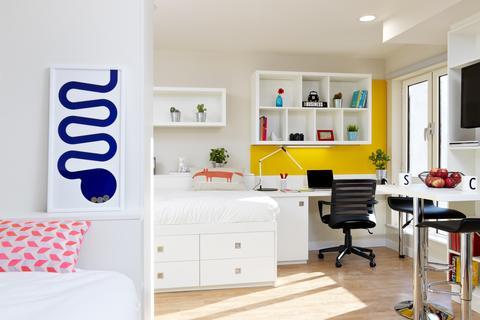 Studio to rent - 80 Walmgate, York, England YO1 9TL