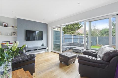 4 bedroom link detached house for sale - Woolhampton Way, Chigwell, Essex, IG7
