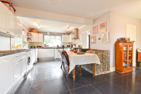 5 bedroom detached bungalow for sale - Brighstone, Isle of Wight
