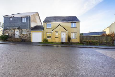 3 bedroom detached house to rent - Lady Beam Court, Callington
