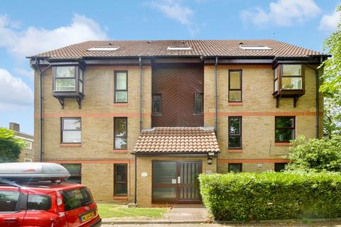 Studio to rent - Wycherley Close, Blackheath SE3