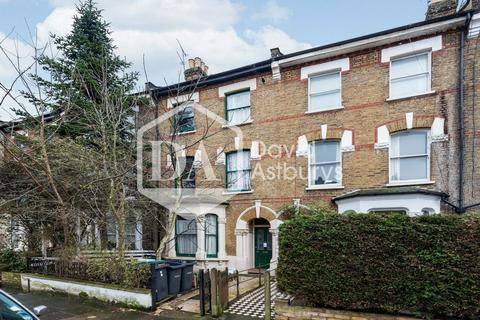 2 bedroom apartment to rent - Palace Road, Crouch End , London