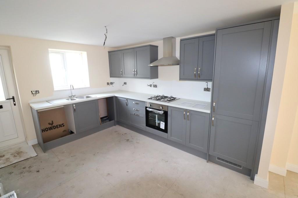 Kitchen (Plot 6)