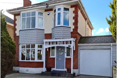 3 bedroom detached house for sale - Bankside Road, Bournemouth