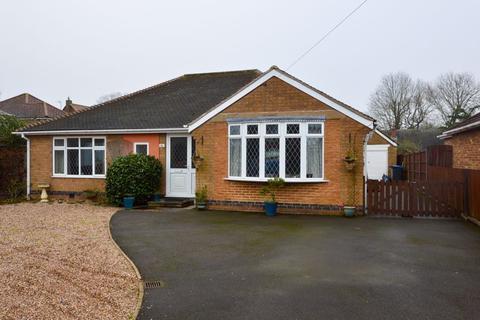 3 bedroom bungalow for sale - Greenmoor Road, Burbage