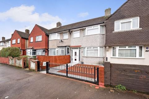 3 bedroom terraced house for sale - Marston Avenue, Dagenham