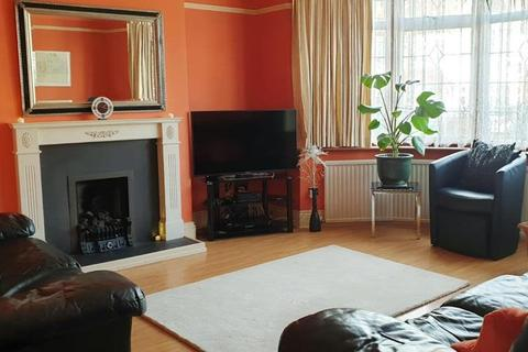 3 bedroom terraced house to rent - Preston Gardens, Ilford