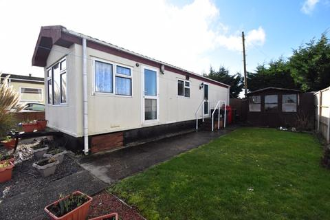 1 bedroom park home for sale - St. Thomas's Road, Luton