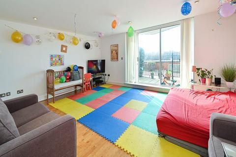 2 bedroom apartment for sale - Nova Building, Isle of Dogs, E14