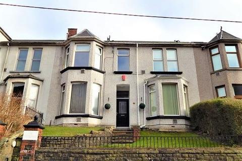 4 bedroom terraced house for sale - Oak Street, Abertillery, NP13 1TF