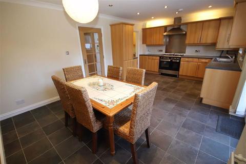 3 bedroom semi-detached house for sale - Feversham Avenue, Bournemouth