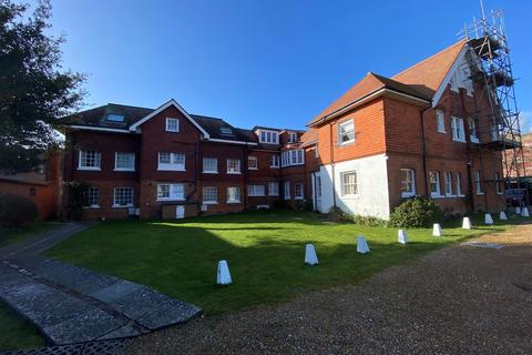 1 bedroom flat for sale - St. Michaels Road, Worthing