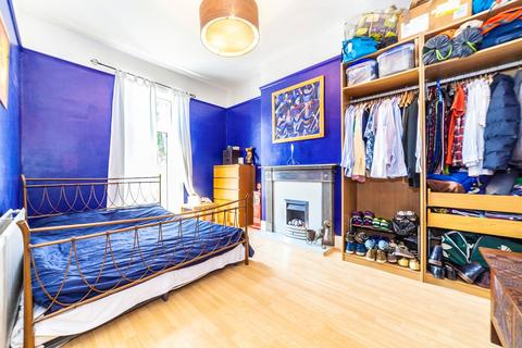3 bedroom maisonette for sale - Bensham Manor Road, Thornton Heath, CR7