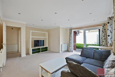 4 bedroom detached house to rent - East Acton Lane, Acton, W3 7ER