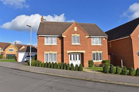 4 bedroom detached house for sale - Wootton Fields
