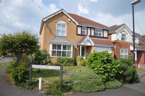 4 bedroom detached house to rent - Longfellow Close, St Andrew's Ridge, Swindon