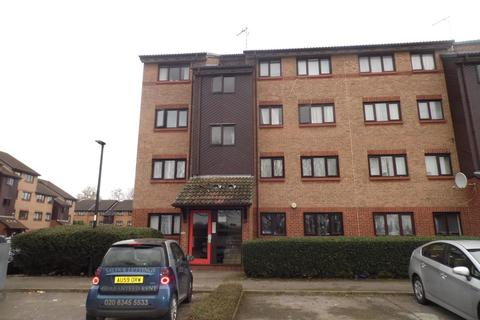 2 bedroom flat to rent - Grilse Close, London, N9