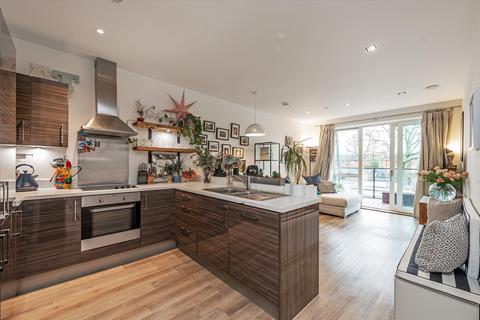 1 bedroom flat for sale - Renaissance Square Apartments, Palladian Gardens, London, W4