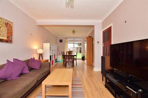 3 bedroom terraced house for sale - Jarrow Road, Chadwell Heath, Essex