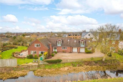 5 bedroom detached house for sale - Buckland Wharf, Buckland, Aylesbury, Buckinghamshire, HP22