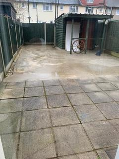 3 bedroom terraced house to rent - downing street RM9