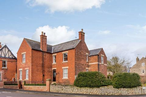 4 bedroom detached house for sale - Chesterfield, Derbyshire