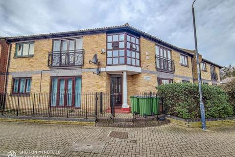 2 bedroom apartment for sale - Pitfield Crescent, Central Thamesmead