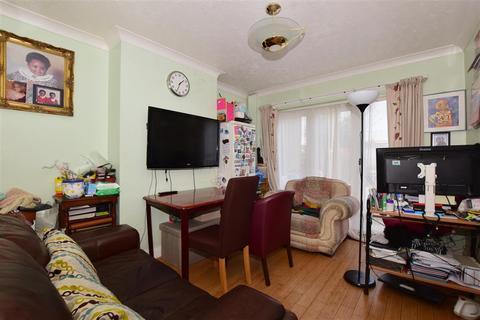 3 bedroom terraced house for sale - Kynaston Avenue, Thornton Heath, Surrey
